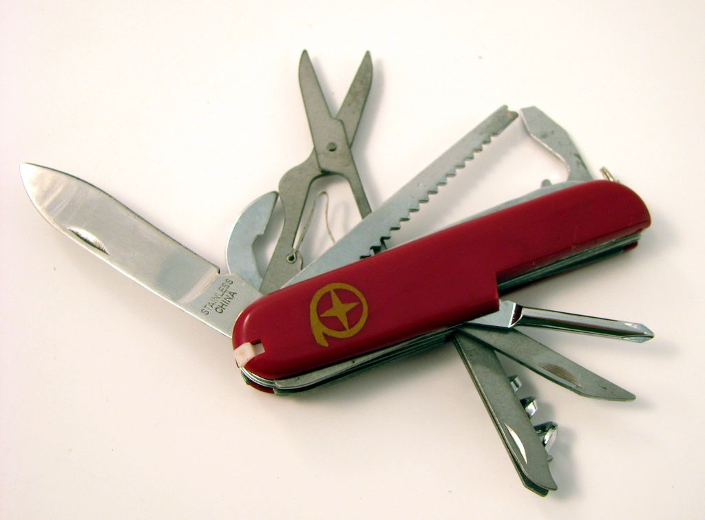 MAYDAY Knife, Swiss Army Style