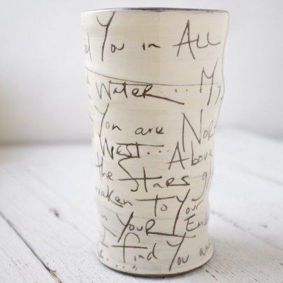 zpots zpots round vase (beloved)