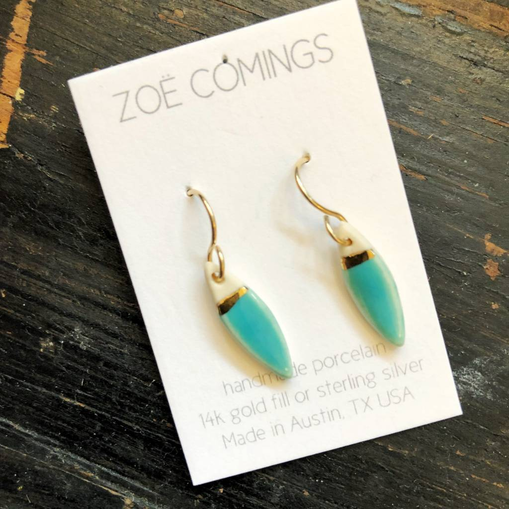zoe comings zoe comings tiny leaf earrings