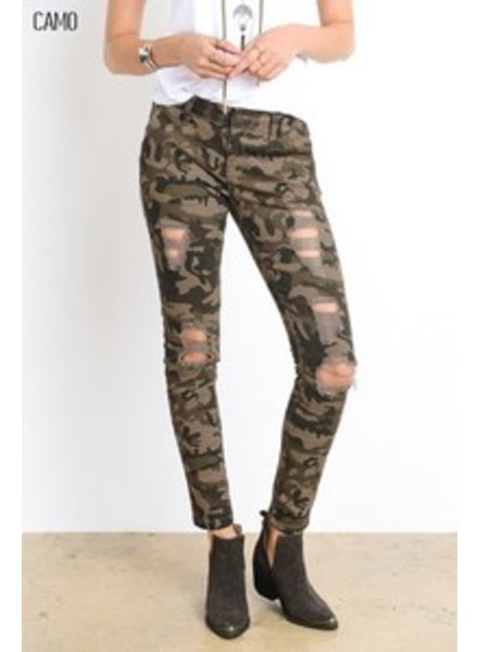 SCARS TO YOUR BEAUTIFUL Wishlist Camo Distressed Pants