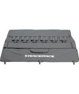 """Race Face RaceFace Tailgate Pad: 61"""" Black Large/Extra Large"""
