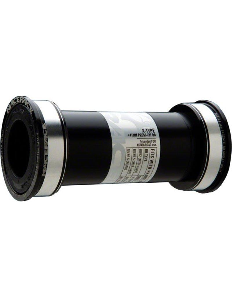 RaceFace X-Type Bottom Bracket: 41mm ID x 92mm BB Shell x 24mm Spindle (BB92)