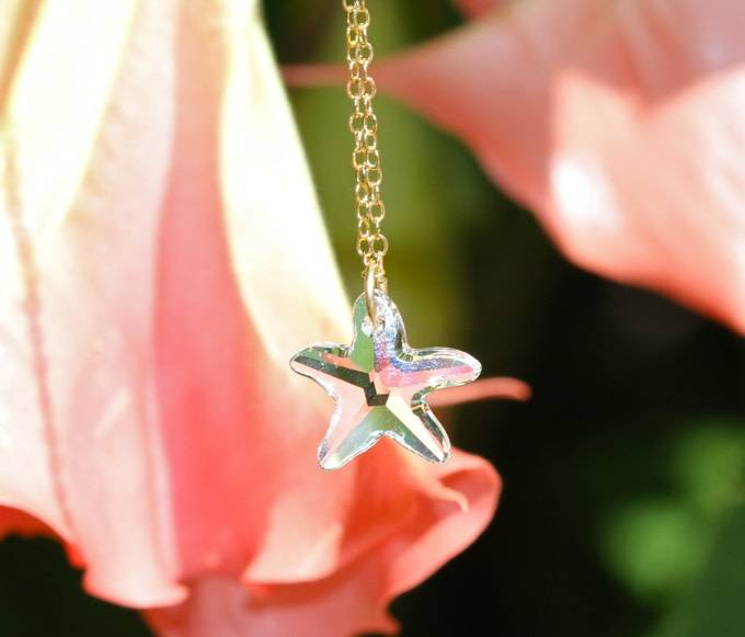 SASHA LICKLE SASHA LICKLE SWAROVSKI CRYSTAL STARFISH NECKLACE