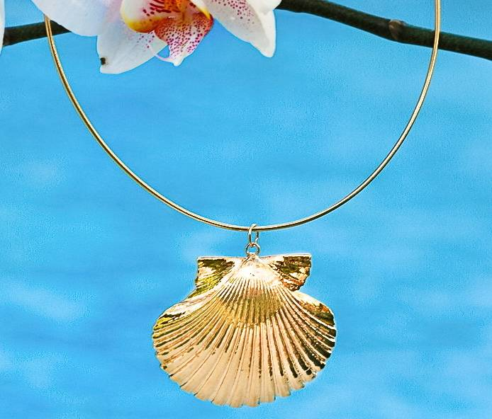 SASHA LICKLE SASHA LICKLE 24KT GOLD DIPPED SCALLOP SHELL GLIDER NECKLACE