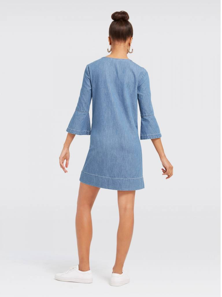 DRAPER JAMES CHAMBRAY RUFFLE SHIFT DRESS