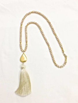 SASHA LICKLE BEIGE QUARTZ TASSEL NECKLACE