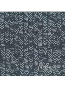 Hoffman Fabrics Hand Dyed Batik Painted Geo Pewter