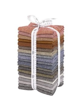 Robert Kaufman Essex Yarn Dyed Fat Quarter Bundle Darks
