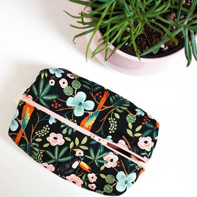 Erica Horton Learn to Sew: Boxed Zipper Pouch, Sunday, June 3, 1 - 4 pm