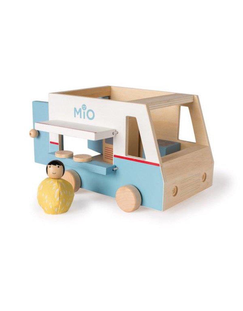 MiO by Manhattan Toy mio food truck + 1 person