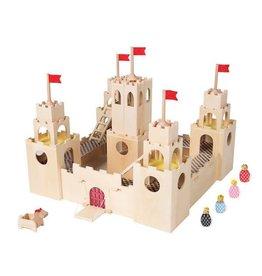 MiO by Manhattan Toy mio castle + horse + 4 people