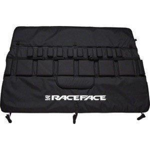 """RaceFace Race Face Tailgate Pad: 57"""" Black Small/Med"""