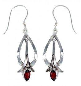 Vera + Wolf Garnet Paris Earring