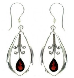 Vera + Wolf Garnet Dangle Oval Earring