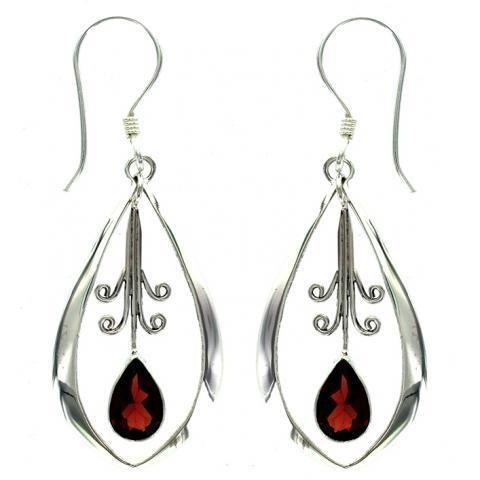 Vera + Wolf Garnet Dangle Oval Earring