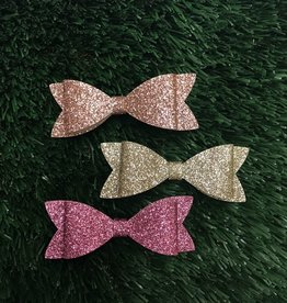 Petite Hailey Petite Hailey Glitter Bow Hairpin
