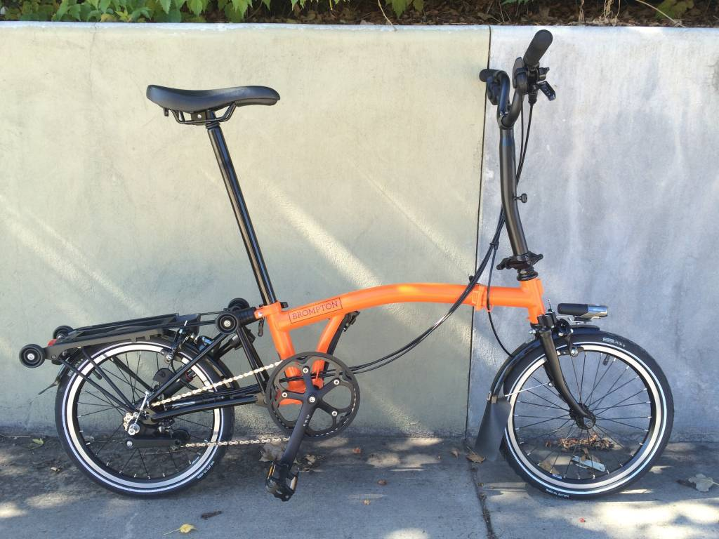 Brompton Brompton M6R Black Edition - Orange/Black with Battery Lighting