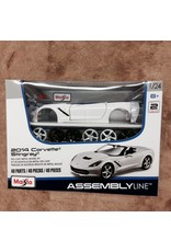 Collectibles Diecast Metal Model Kit 1:24 Scale White