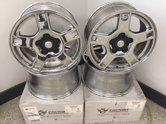 Wheels\Tires 1997-99 Chrome Factory Wheels<br />