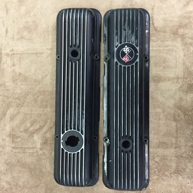 Engine One pair of 'Used' LT1/L82 Aluminum Valve Covers, Black.