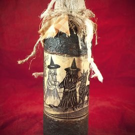 Hex The Witchïs Familiar Woodcut Spell Bottle