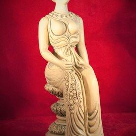 Hex Hera Statue