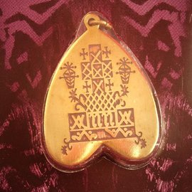 Hex Guidance from Ancestors Voodoo Charm Pendant