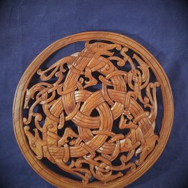 OMEN Celtic Beast Knot Wall Hanging in Mahogany
