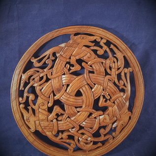 Celtic Beast Knot Wall Hanging in Mahogany