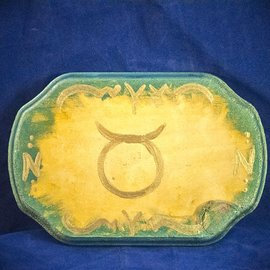 OMEN Taurus Pendulum Board - Gold