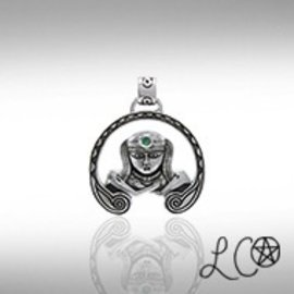 Laurie Cabot's Anu Goddess with Green Agate Pendant