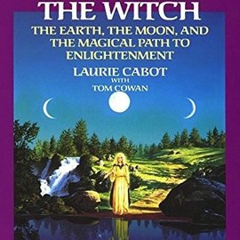 Ingram Power of the Witch: The Earth, the Moon, and the Magical Path to Enlightenment