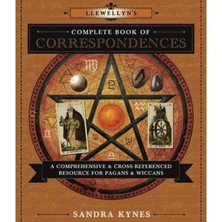 Llewellyn Worldwide Llewellyn's Complete Book of Correspondences: A Comprehensive & Cross-Referenced Resource for Pagans & Wiccans