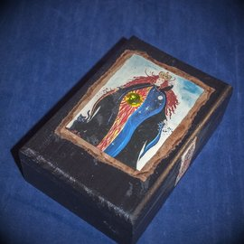 OMEN Queen of the Heavens Tarot Box with Jewel by Official Salem Witch Laurie Cabot