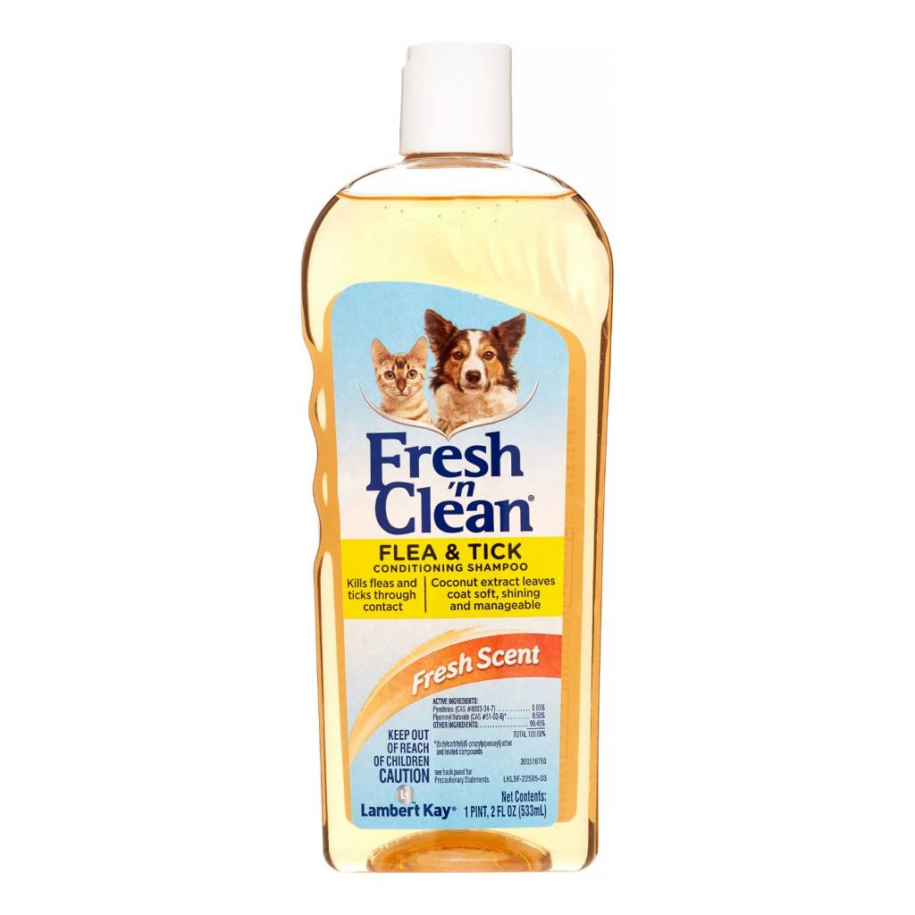 Lambert Kay Fresh n Clean Flea Shampoo 18 oz