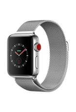Apple Watch series 3 - 38MM - Stainless Steel Case - Milanese Loop