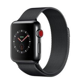 Apple Watch series 3 - 38MM - Space Black Stainless Steel Case - Space Black Milanese Loop