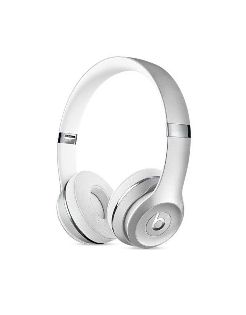 Apple Beats Solo3 Wireless On-Ear Headphones - Silver<br /> <br /> Beats Solo3 Wireless On-Ear Headphones - Silver