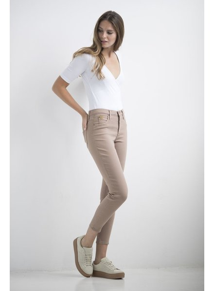 YOGA JEANS JEANS HIGH RISE ANKLE ALMOND