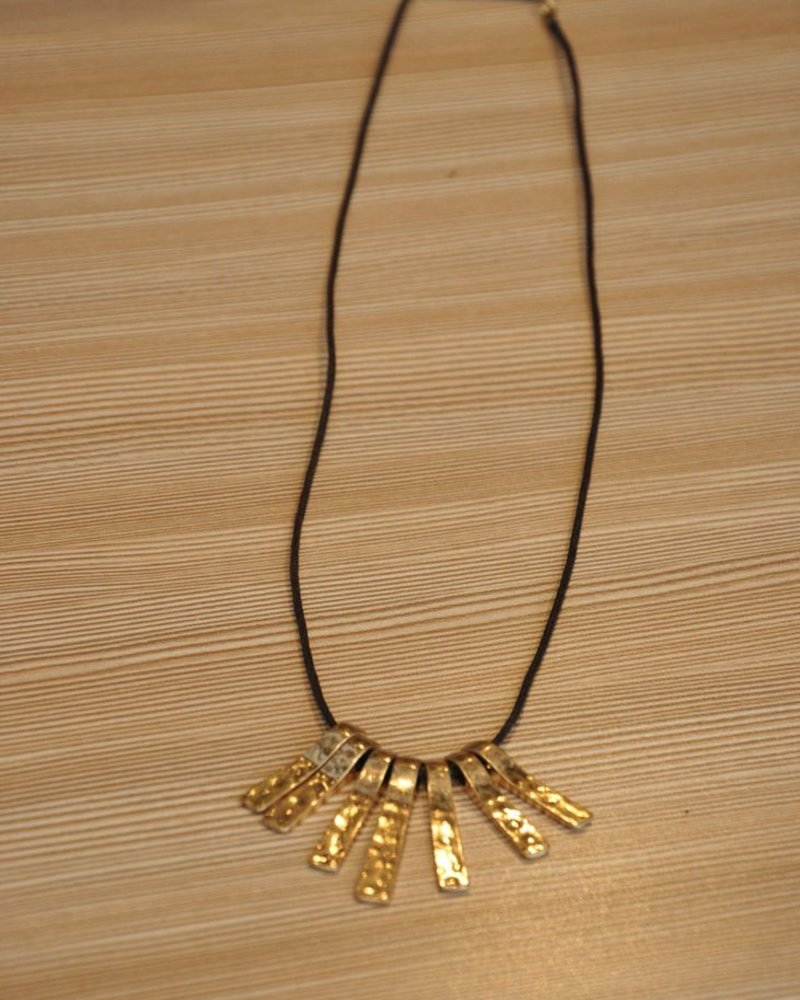 BOBO NECKLACE SHORT LATTE GOLD