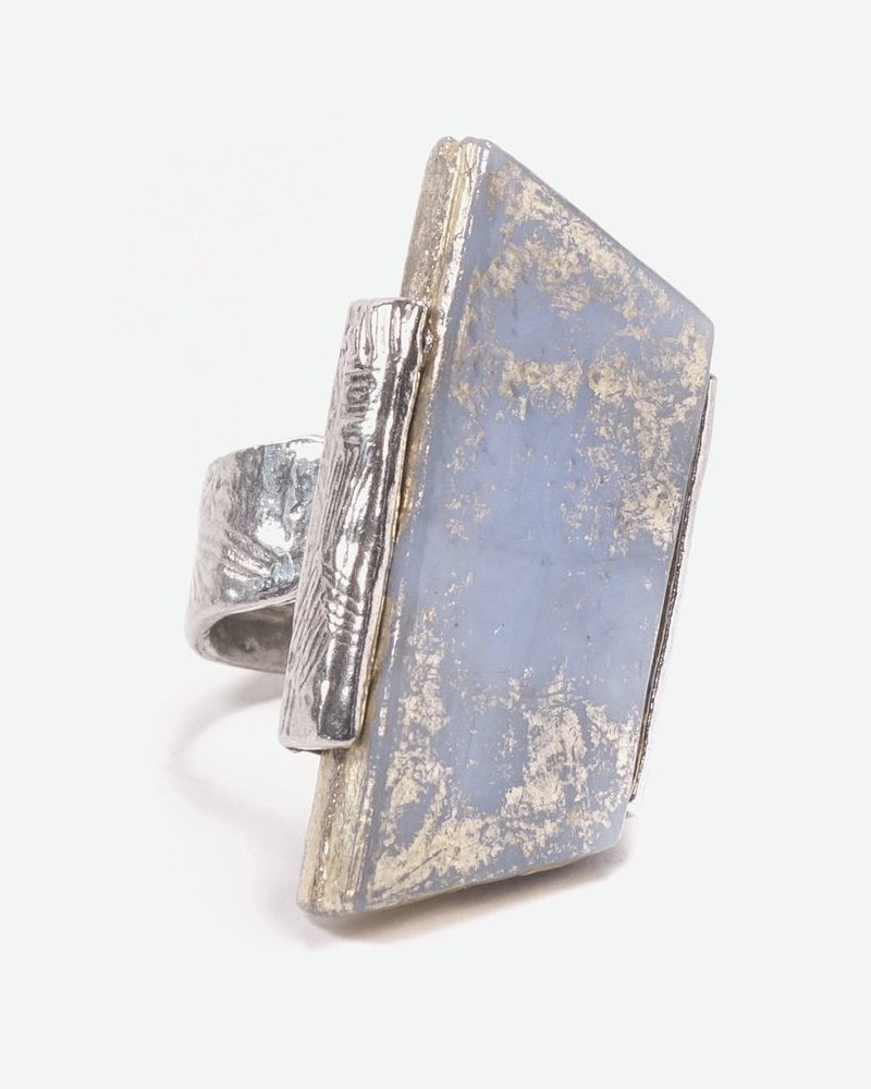ANNE MARIE CHAGNON BLUE PASSAT RING