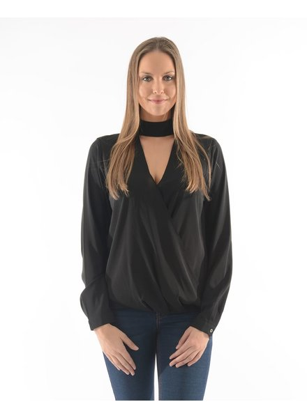 BECXY B. BLOUSE LAYLA OVERLAP LONG SLEEVE SHIRT W MOCK-NECK/NOIR