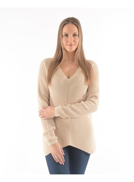BECXY B. CHANDAIL ADELYNE V NECK SWEATER W BUTTER/BEIGE