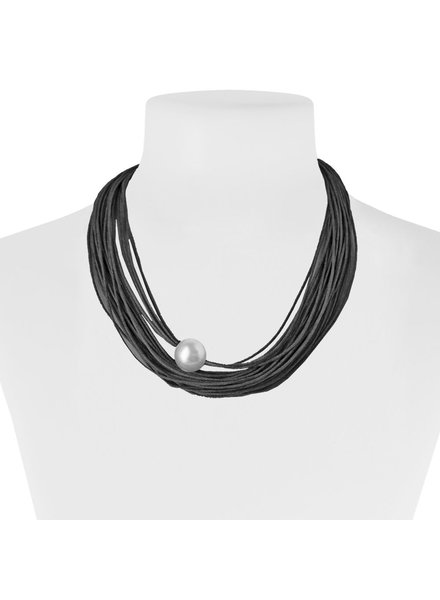 CARACOL NECKLACE MULTIPLE ROPES BLACK AND PEARL