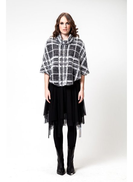 PONCHO MAI SWEATER CHECKED/CARREAUX BLANC