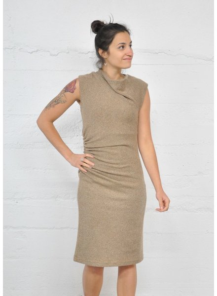 NINETY-EIGHT SIDE RUSHED KNIT DRESS CARAMEL DRESS