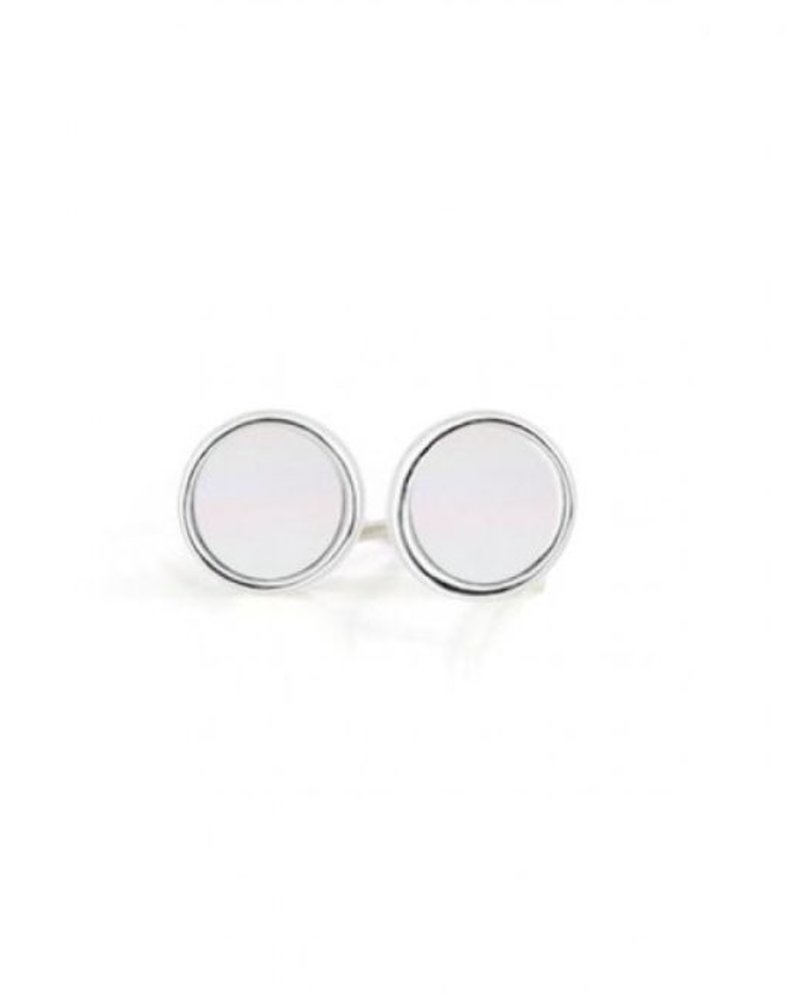 CARACOL CARACOL EARRINGS /  SILVER AND WHITE ROUND STUD