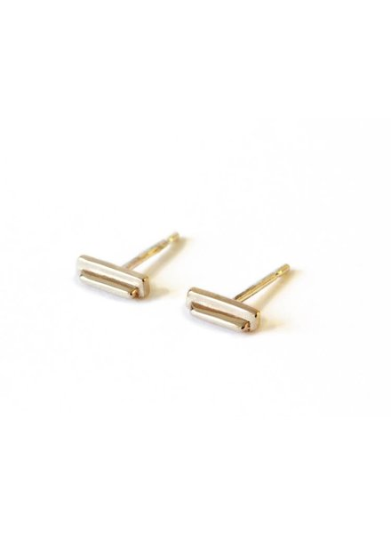 Upper Metal Class Bronze Beam Earrings