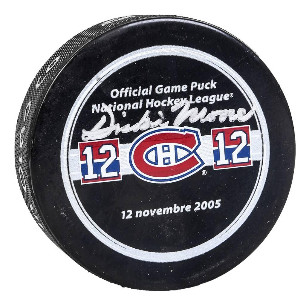 Club Du Hockey RONDELLE SIGNÉE PAR DICKIE MOORE