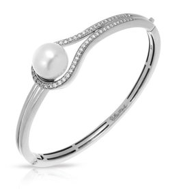 Belle Etoile Claire Collection Pearl Bangle